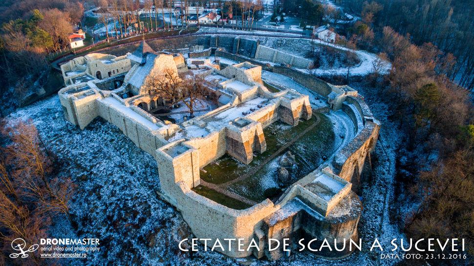 Cetatea de Scaun a Sucevei, fotografie aeriana iarna