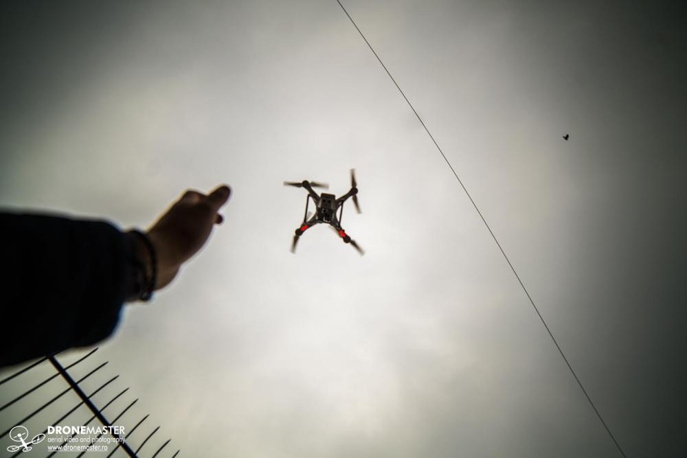 Aterizare drona